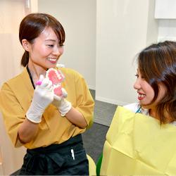 歯磨き方法のレクチャー
